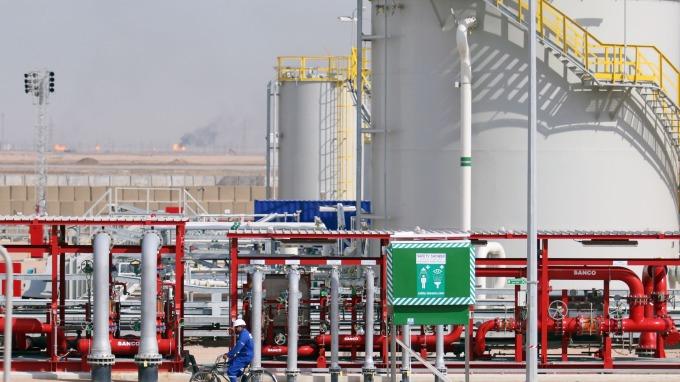 圖:AFP  紐約原油期貨週一小幅收高