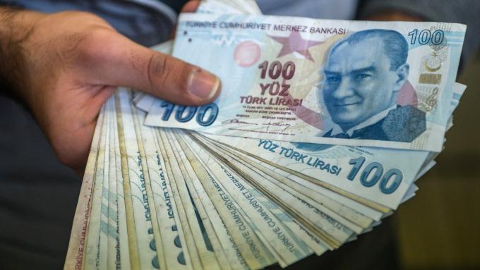 土耳其里拉(圖:AFP)
