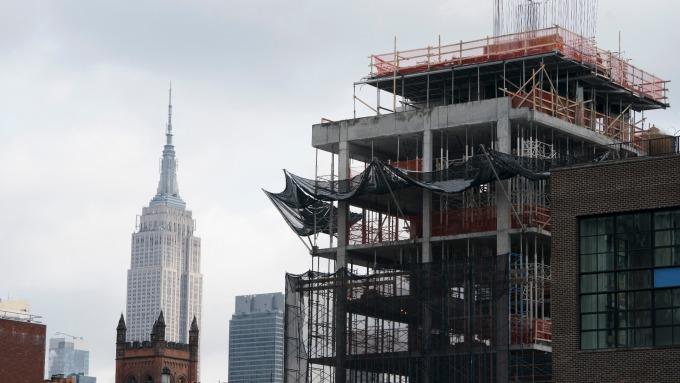 美國4月新屋開工遜於預期。(圖:AFP)