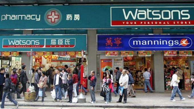 李澤鉅表示,今年將再增店1300間。 (圖:AFP)