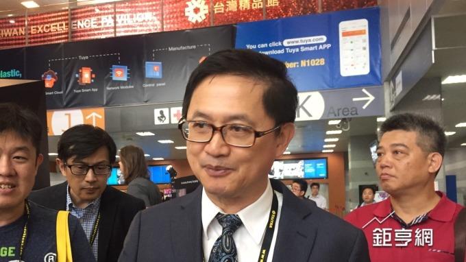 〈台北國際電腦展〉被動元件缺貨  童子賢:產業有調整的能力 不必擔心