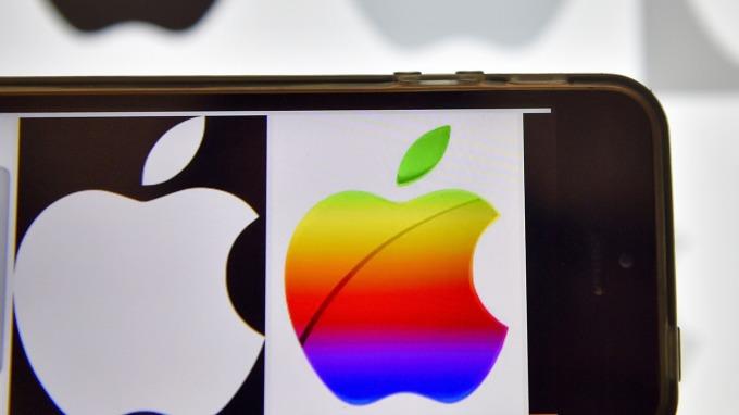 圖:AFP  蘋果市值即將達到1兆美元大關