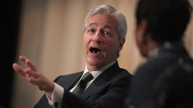 戴蒙也是商業圓桌會議 (Business Roundtable) 主席 (圖:AFP)