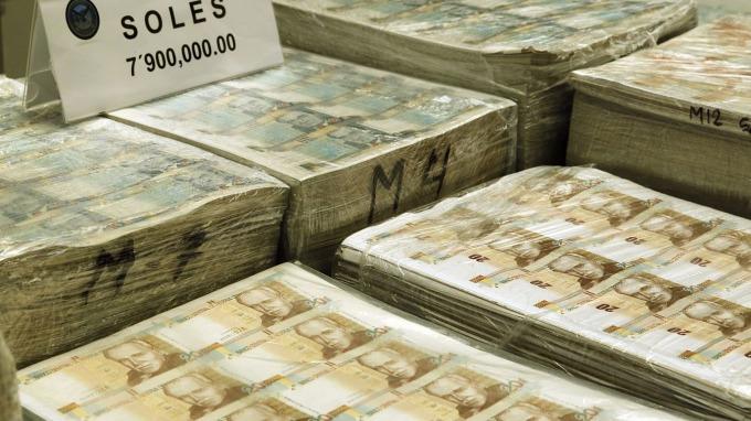 美林:美元指數目前只是回檔整理 下半年上看100      (圖:AFP)