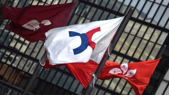 分析師料港股本週維持區間波動。 (圖:AFP)
