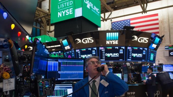 圖:AFP  美國股市週一中場進行整理