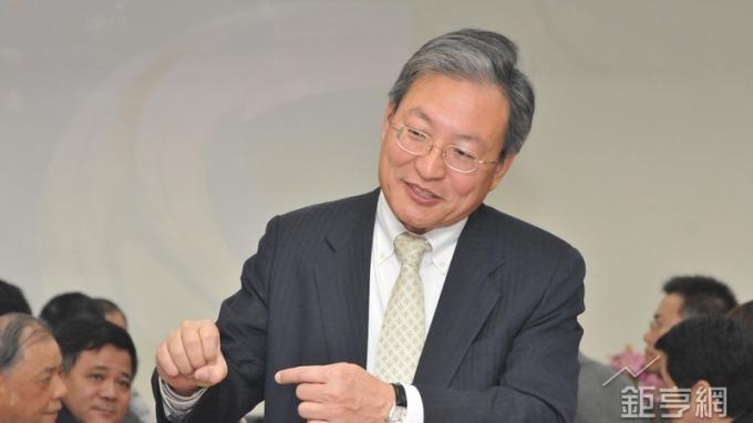 德宏工業董事長劉暉麟。(鉅亨網記者張欽發攝)