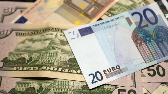 歐元創19個月以來「最慘一週」。(圖:AFP)
