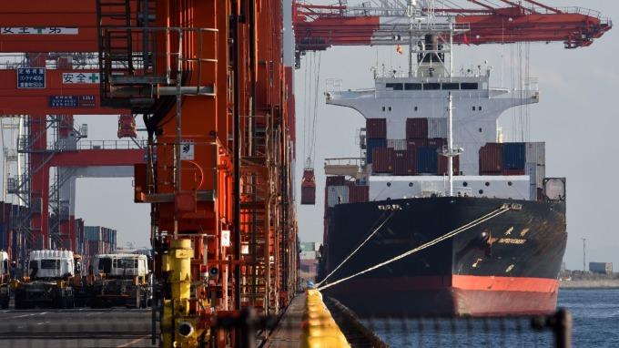 日本5月出口成長4個月來最快,但保護主義風險猶存      (圖:AFP)