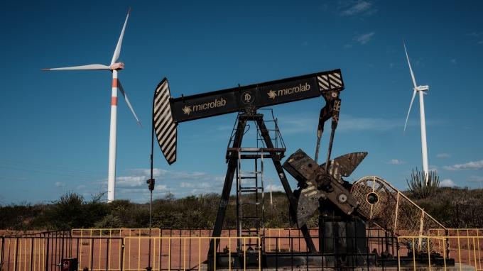 若OPEC不增產,業者稱油價將漲至100美元以上。(圖:AFP)