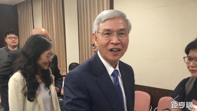 〈央行理監事會〉楊總裁提二大理由 暗示下半年尚無必要升息