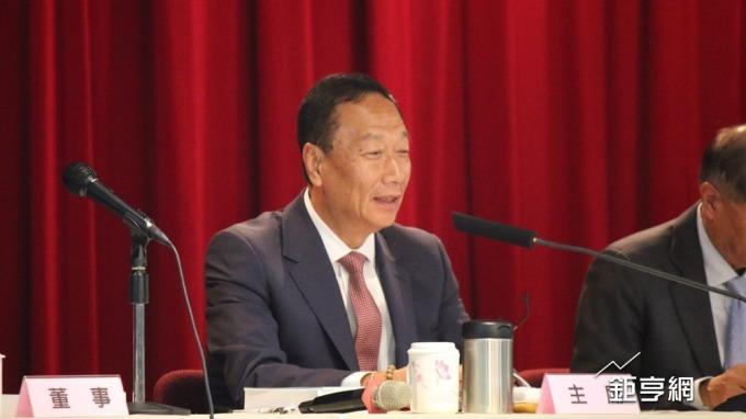 〈鴻海股東會〉加班問題屢遭踢爆 郭台銘:有在爭取修法