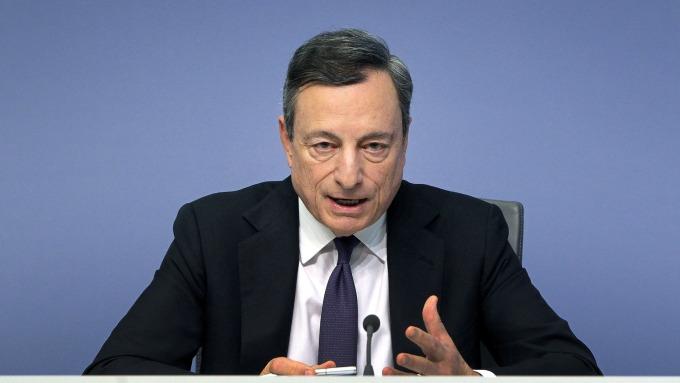 圖:AFP  歐洲央行總裁德拉吉
