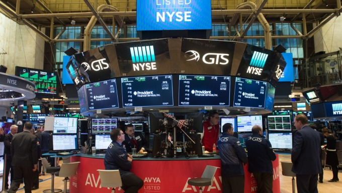 圖:AFP  美國股市週一大幅收高