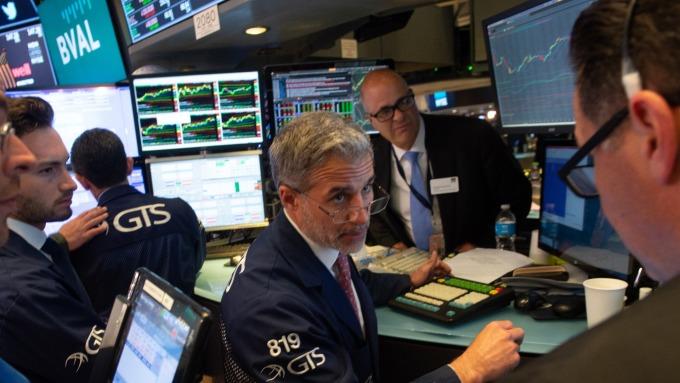 圖:AFP  貿易戰 若引發美股下跌 將是買進機會