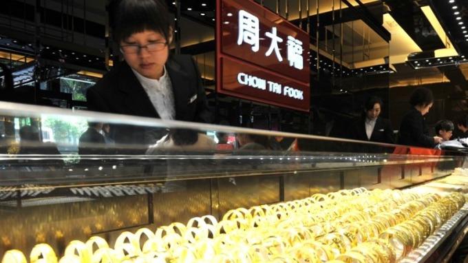 周大福首季港澳地區同店銷售年增26%。 (圖:AFP)