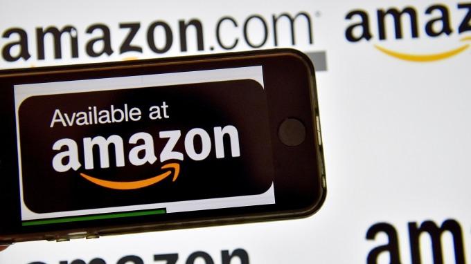 按照亞馬遜(Amazon)自己的話來說:「今年的Prime Day美國銷售創出了史上最佳記錄。」(圖:AFP)