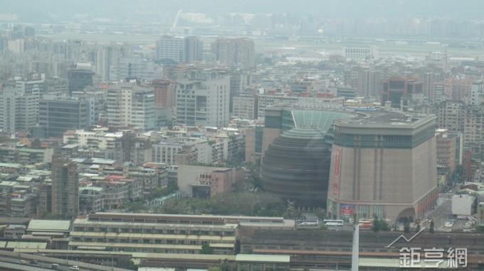 台北市京華城土地底價380億元,將於12/12開國際標。(鉅亨網記者張欽發攝)