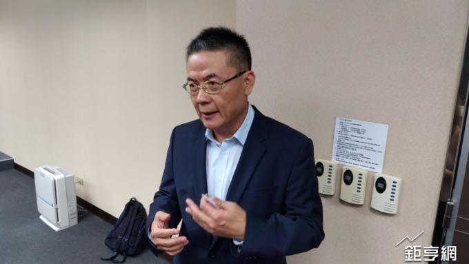 榮化總經理劉文龍認為,引進KKR將有助公司更加國際化。(鉅亨網記者彭昱文攝)