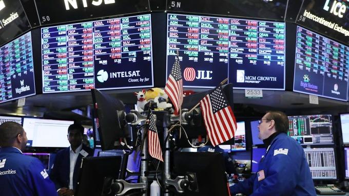 圖:AFP  美國股市週四漲跌互見