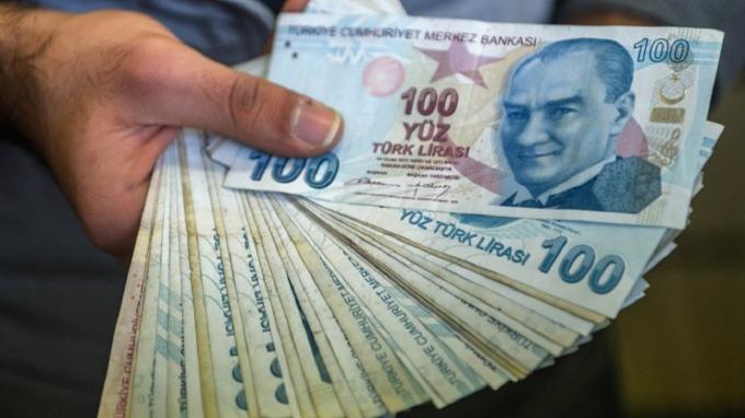 土耳其里拉大貶再創歷史新低。(圖:AFP)