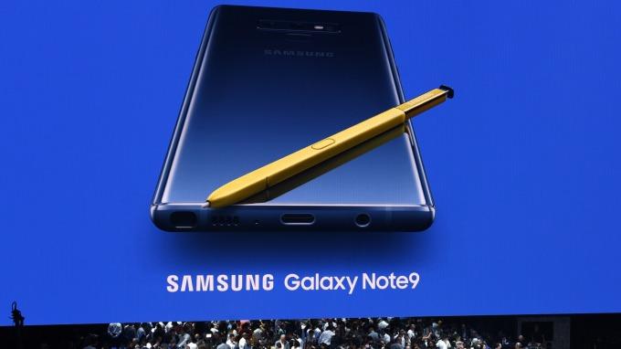 圖:AFP  三星推出Note 9 搭配S Pen