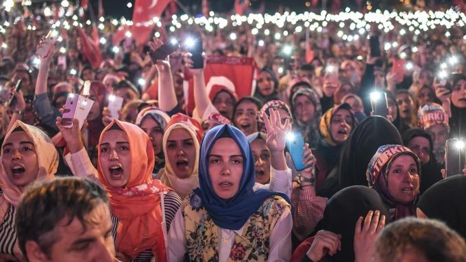 圖:AFP  土耳其陷入金融危機