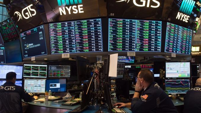 圖:AFP  美國股市週五收高