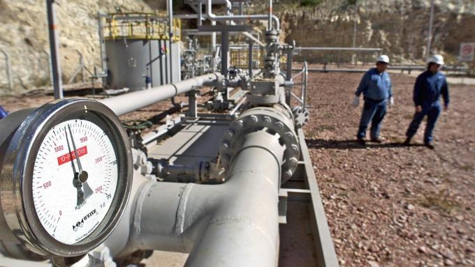 俄羅斯天然氣輸歐管道在德國水域開工。(圖:AFP)
