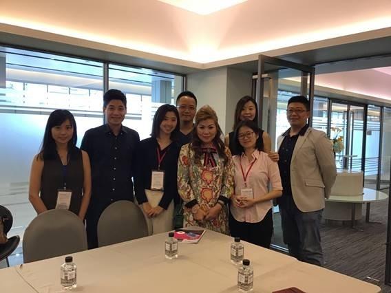 亞洲.矽谷計畫執行中心於8月30日至9月1日泰國台灣形象展期間,與外貿協會及泰國台灣商會聯合總會於曼谷辦理「亞洲‧矽谷物聯網論壇」,並帶領包含智慧觀光、電子商務、安全監控、AR/VR與無人機等領域共九家新創企業分享台灣物聯網創新應用,並透過駐泰國經濟文化辦事處安排與當地業者及台商媒合開創商機,幫助台灣新創企業家前進泰國「接地氣」!