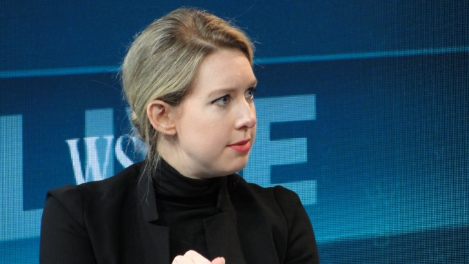 美國矽谷的「世紀騙局」:「女版賈伯斯」如何變成了「女版賈躍亭」?