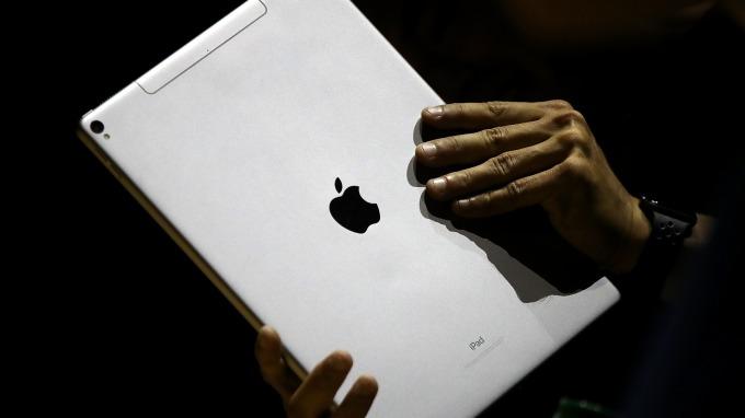 蘋果新產品最新預測:iPad Pro改採USB-C介面      (圖:AFP)
