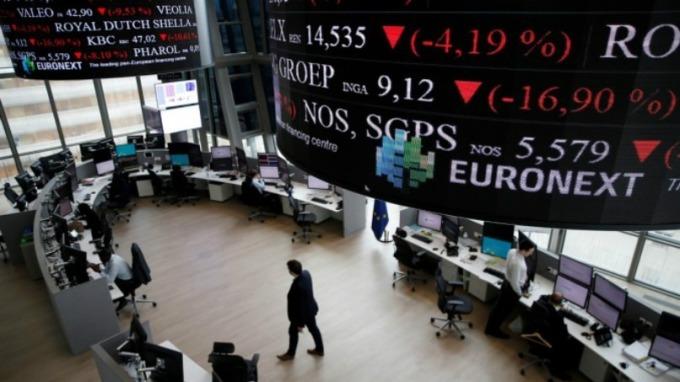 週五 (14日) 歐股早盤主要指數皆漲。(圖:AFP)