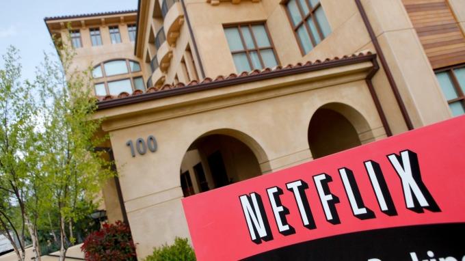 週三Netflix盤前股價走揚。(圖:AFP)