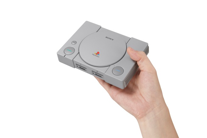 迷你復刻版PlayStation Classic (圖:彭博社)