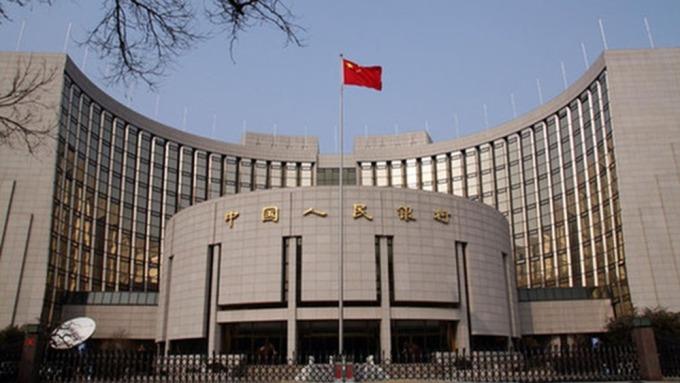 中國人行將透過香港金管局的CMU債券投標平台發行央票。 (圖:AFP)