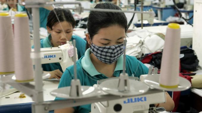 台灣年輕台幹將目標鎖定越南等東南亞國家,認為薪資福利完勝中國。(圖:AFP)