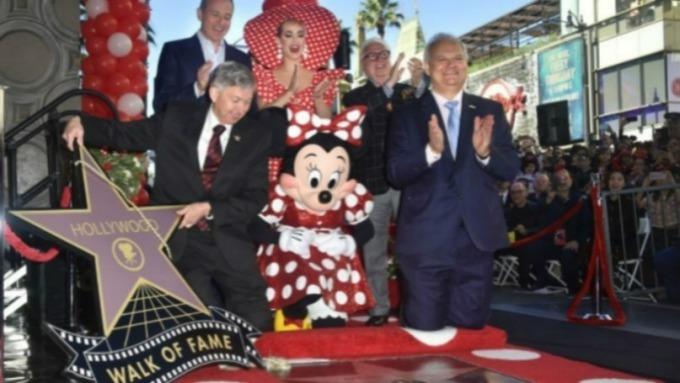 迪士尼近期一直權衡是否放棄康卡斯特的廣告管理與投放平台。(圖:AFP)