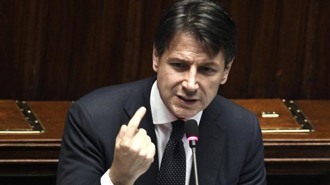 圖:AFP  義大利總理康蒂