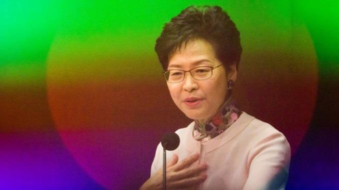 香港特首林鄭月娥公布任內第二份《施政報告》。 (圖:AFP)