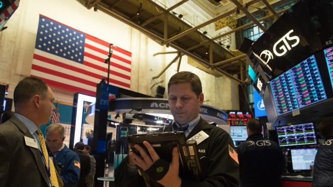 美股三大指數小幅走揚。(圖:AFP)