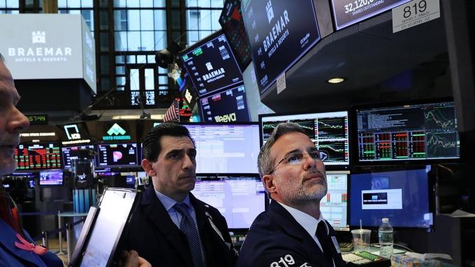 圖:AFP  美國指數期貨週五反彈