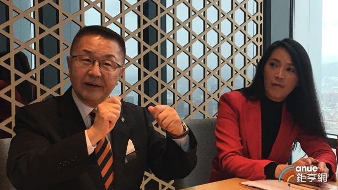 微風常務董事岡一郎(左)。(鉅亨網記者王莞甯攝)