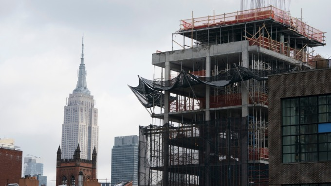 美國房市已然「入秋」。(圖:AFP)