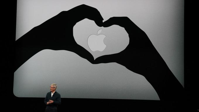 蘋果第二場秋季發表會推出多款人氣商品更新。(圖:AFP)