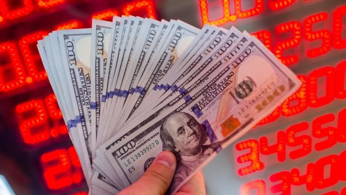 美國期中選舉6日登場牽動美元走勢  市場預期美元短線賣壓大。(圖:AFP)