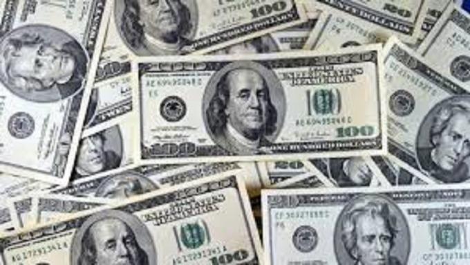 美元多頭部位開始鬆動。(圖:AFP)