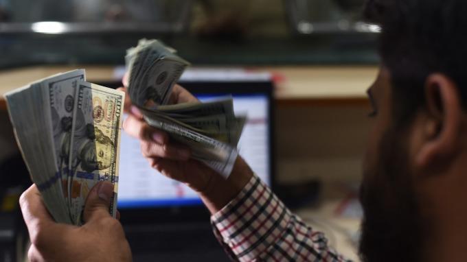 美元作為全球儲備貨幣的日子屈指可數?(圖:AFP)