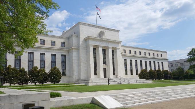 前富國銀行CEO:Fed如果12月不升息 股市反而會暴跌      (圖:AFP)