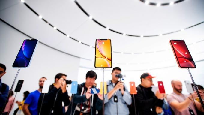 蘋果成為今年雙11期間,最暢銷手機品牌。(圖:AFP)